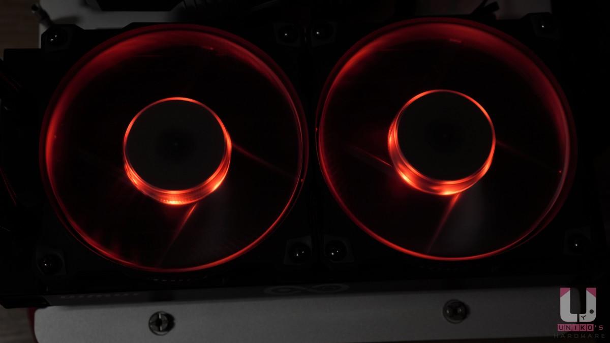 Jupiter 系列 AJF120,風扇中央 5 組 LED 設計,支援 ARGB 調色。