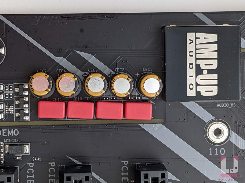 ALC1220 Audio 音效控制晶片、Nichicon Fine Gold 高階音效電容、WIMA 高階音效電容。