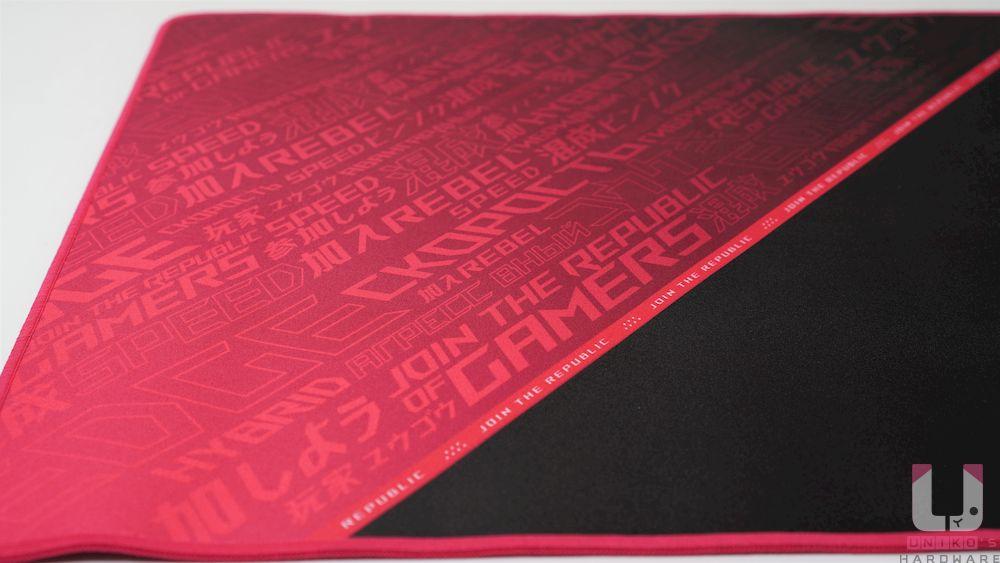 細緻針織表面,3mm 的厚度除了提供舒適緩衝,讓玩家有更好的手感。