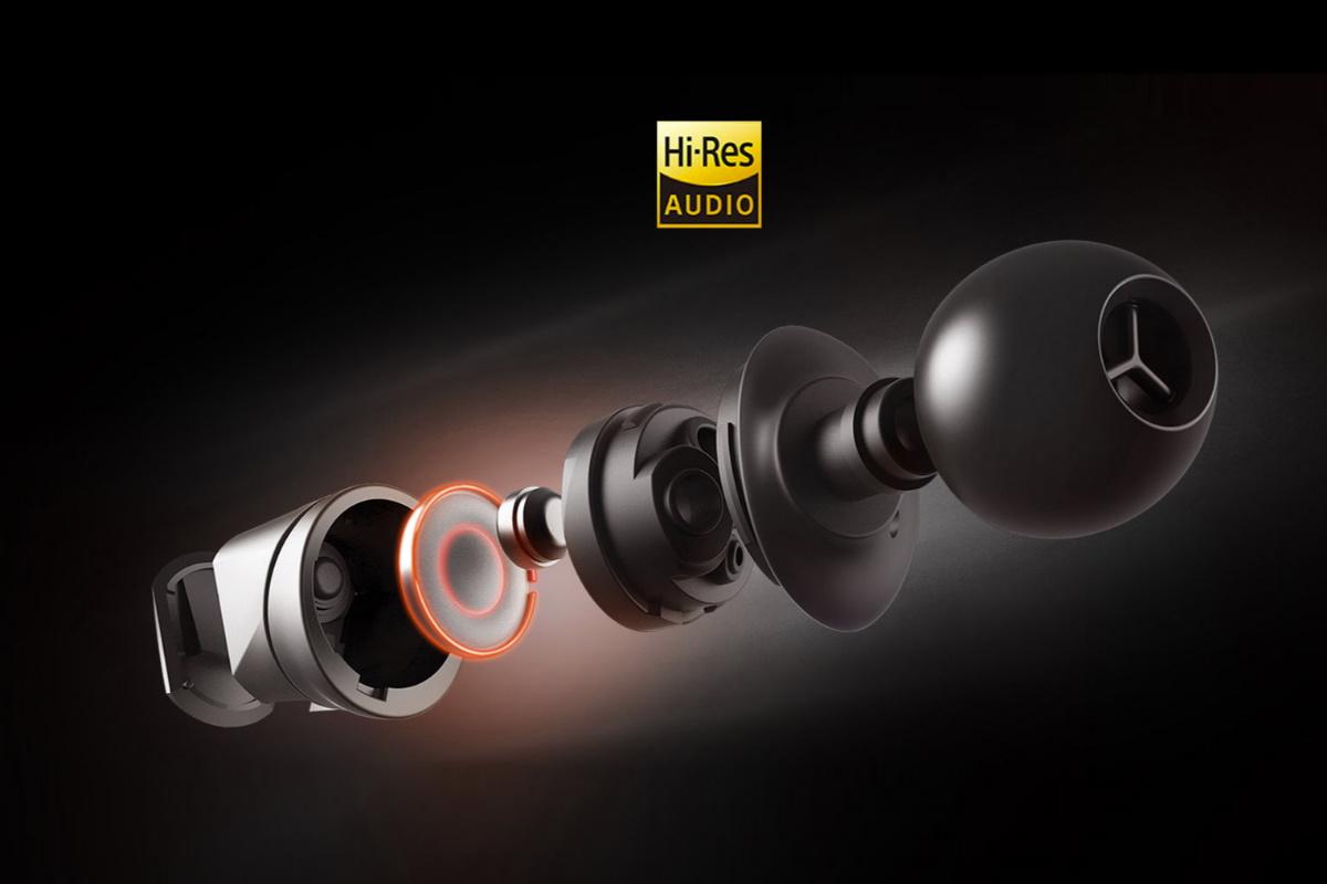 採用 20 - 40 kHz 寬廣的頻率響應範圍,獨家 10mm ASUS Essence 單體提供驚人的渾厚低音和最佳遊戲音效,讓使用者享受身歷其境且清晰的音效體驗。