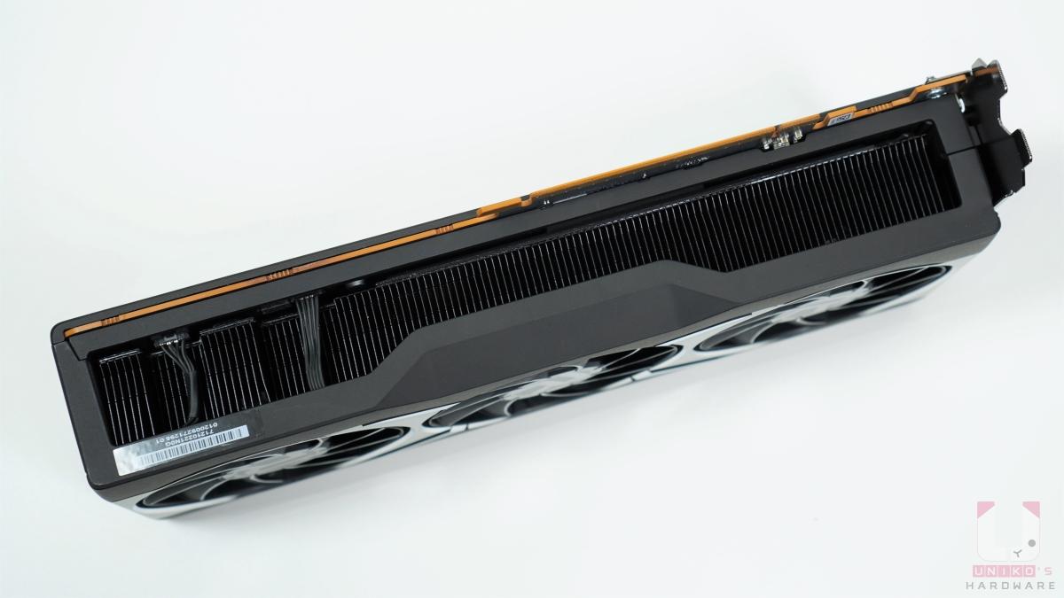 Radeon RX 6800 XT 底部。