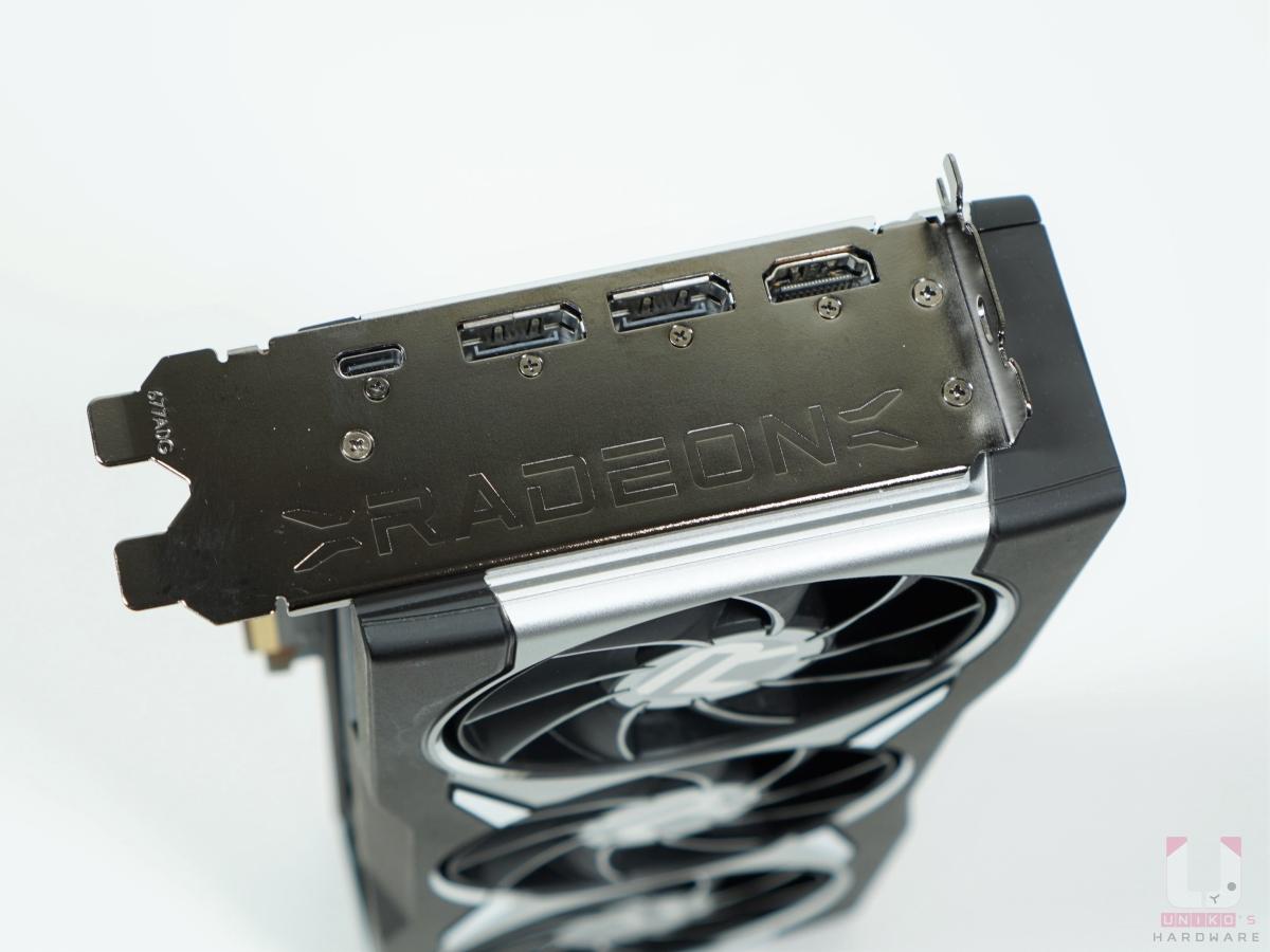 一組 HDMI 2.1 支援 VRR & FRL、兩組 DP1.4 (DSC)、還有一組 Type-C USB。
