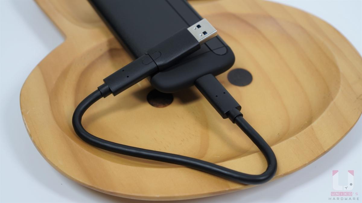 Type-C 到 USB-A 轉接頭(5Gb/s)。