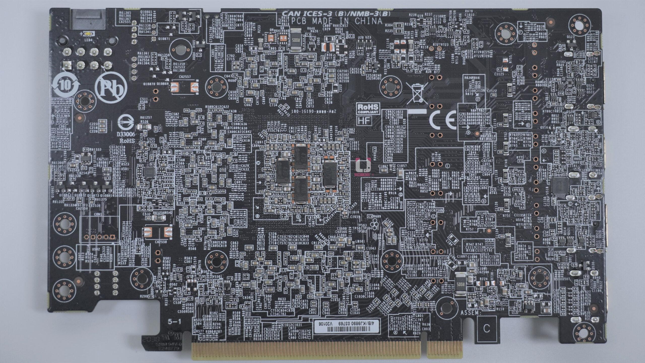 GeForce RTX 3060 Ti EAGLE OC 8G PCB 背面高解析度照片,可以點入放大看上面的元件。