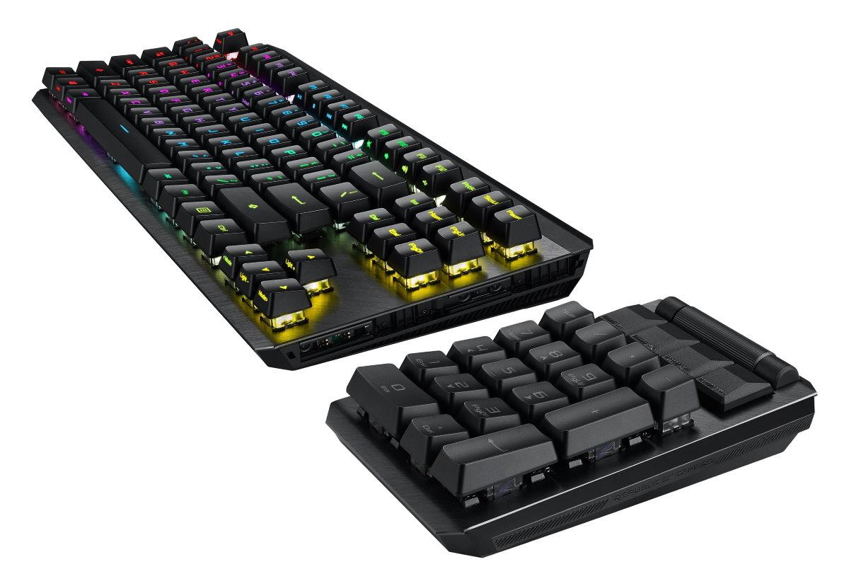 ROG Claymore II 另配備磁吸式腕墊及可拆式數字鍵盤,能自由安裝於左或右側,以對應各種遊戲風格與配備。