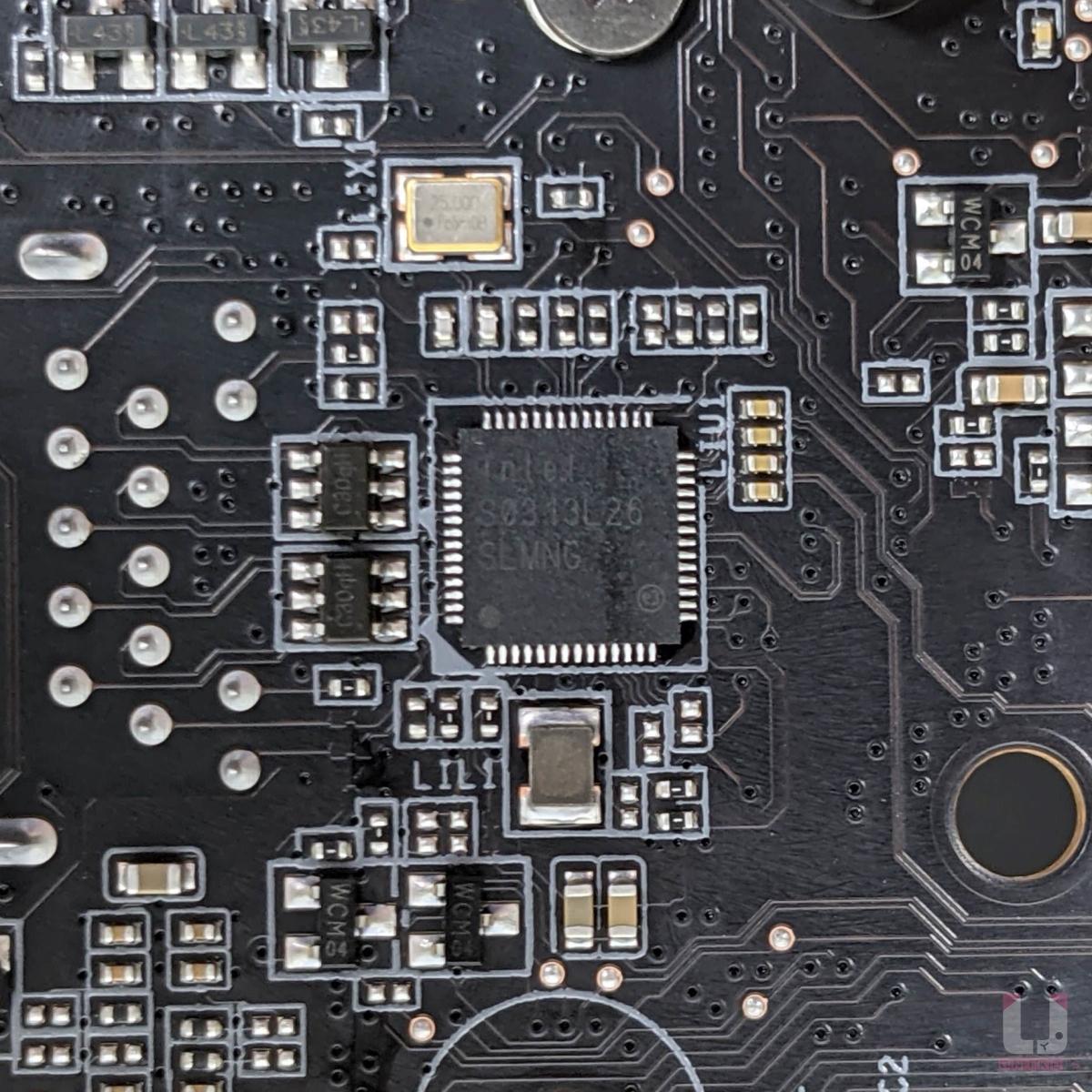 Intel 2.5GbE 網路晶片。