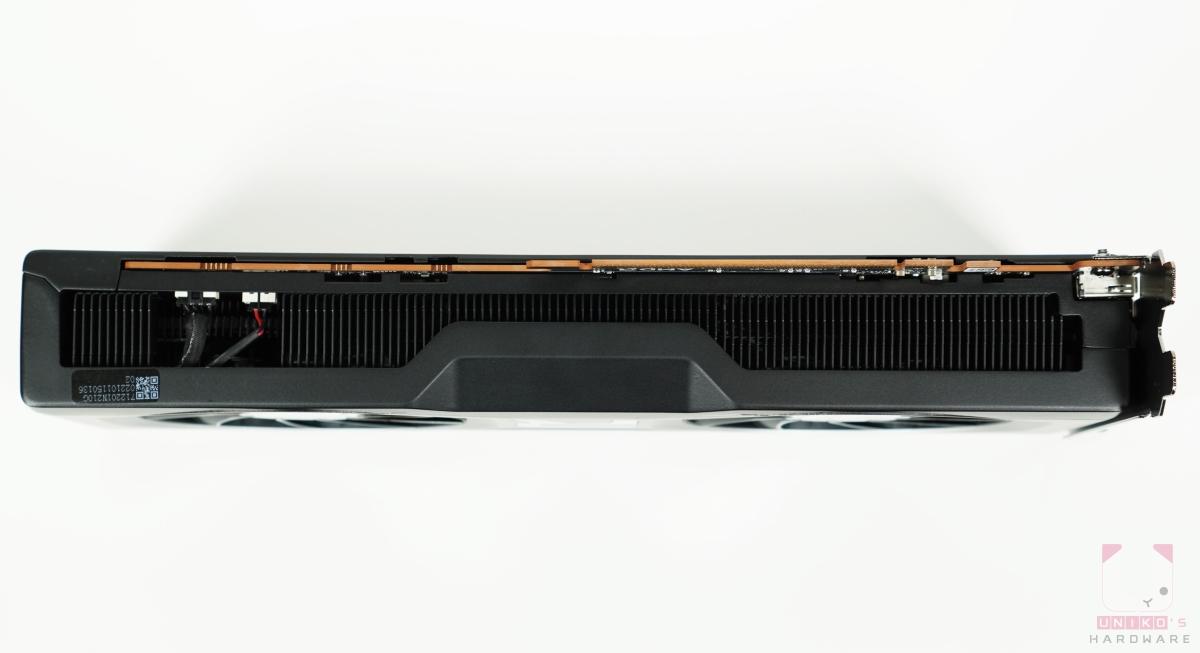 Radeon RX 6700 XT 下方。