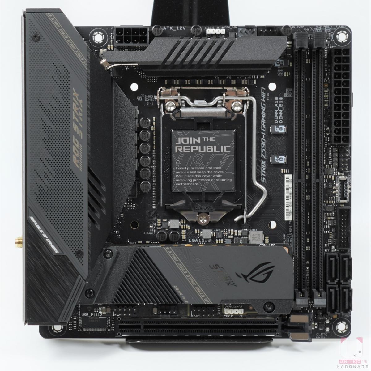 標準 Mini ITX 規格,尺寸 17cm x 17cm。