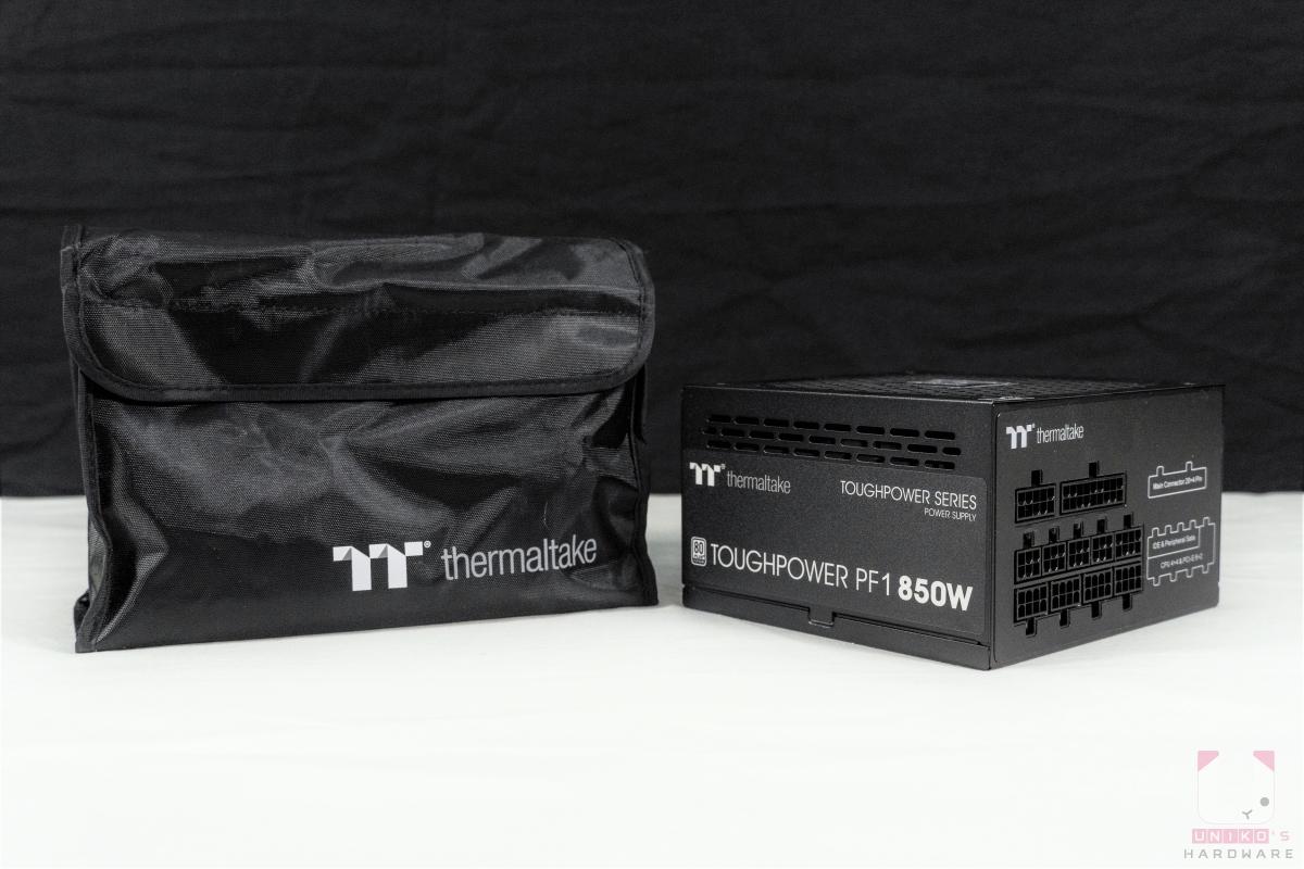 包裝內除了鋼影 PF1 850W 本體外,另有專屬的線材包。