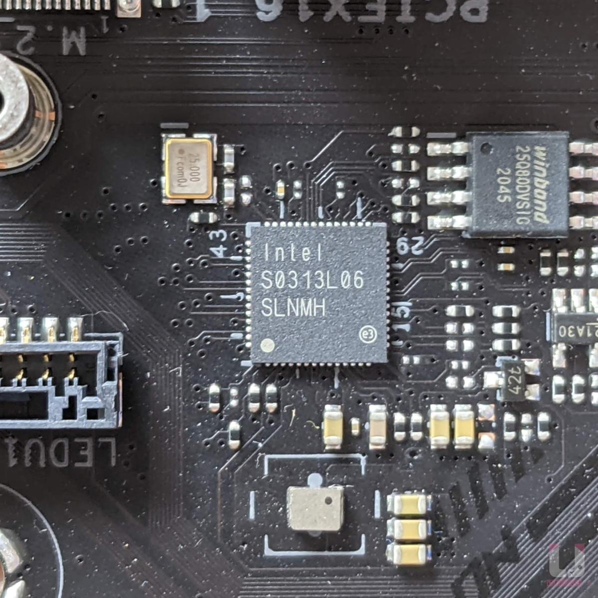 Intel I225-V 2.5G 網路晶片。