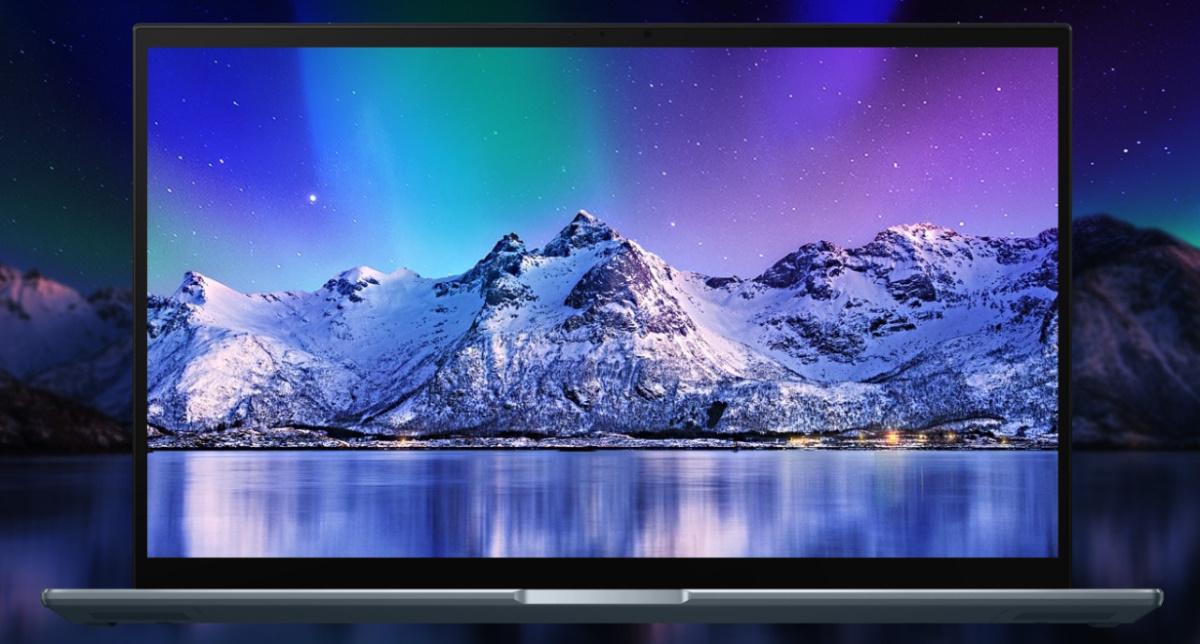 ZenBook Pro 15 OLED 採用 NanoEdge 極窄邊框 4K UHD OLED3 廣視角螢幕,以高達 88% 螢幕佔比提供令人沈浸其中的觀看體驗,並具有 100% DCI-P3 廣色域,色彩表現栩栩如生。