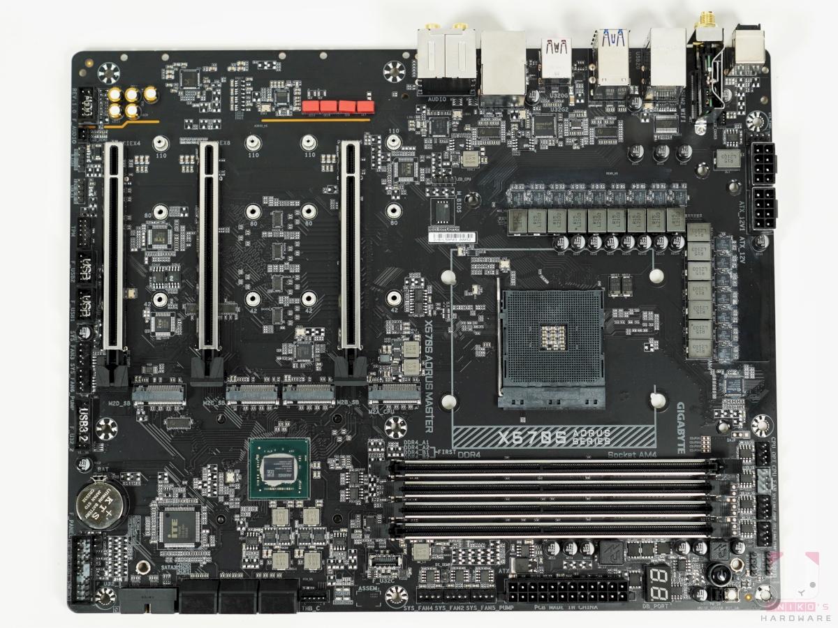 X570S AORUS MASTER PCB 正面