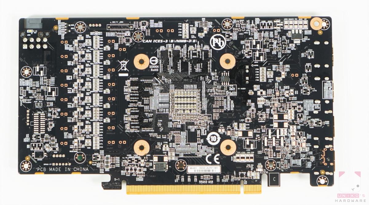 GIGABYTE Radeon RX 6600 XT GAMING OC 8G PCB 背面。