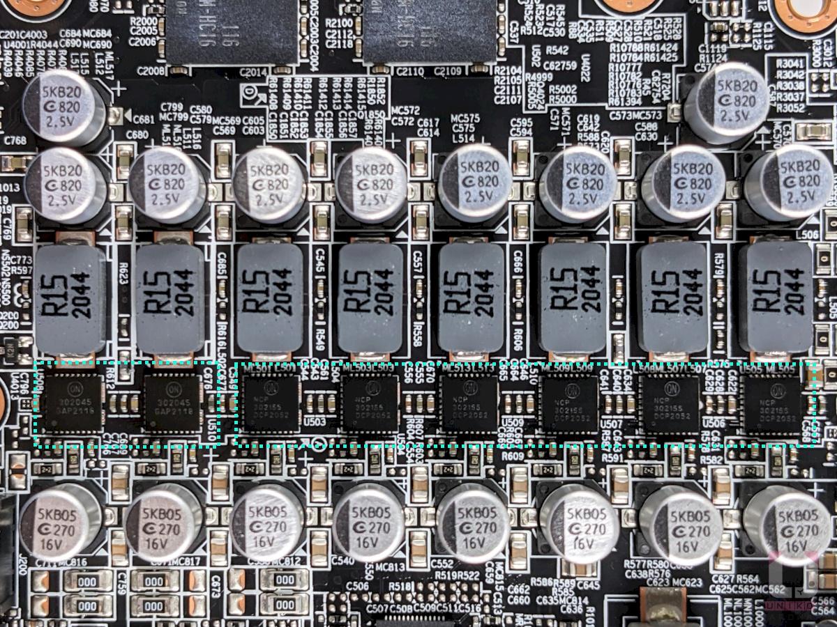 2 顆 ON Semiconductor NCP302045 45A MOSFET (VSoC),和 6 顆 ON Semiconductor NCP302155 55A MOSFET (VGFX)。